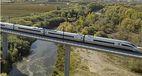 AVE Train  © Michelle Chaplow .