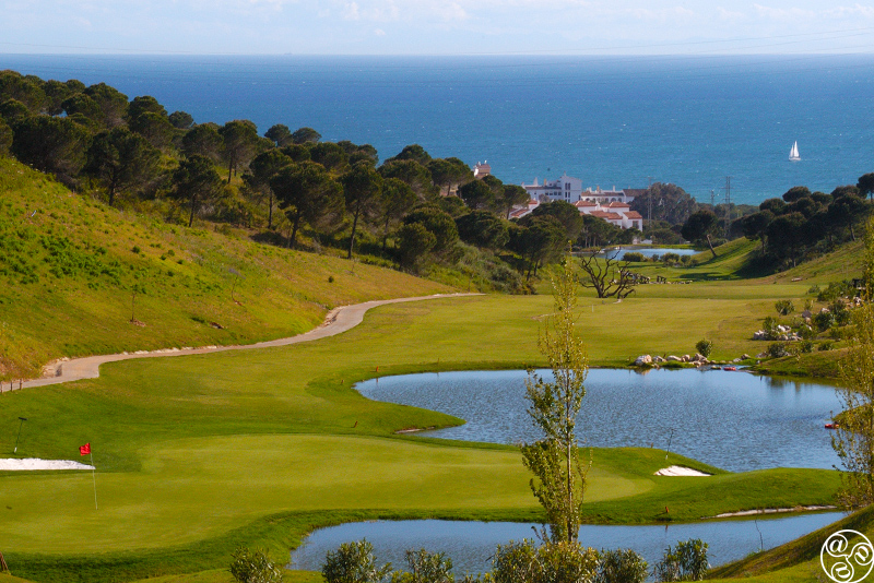 Cabopino Golf with sweeping views to the Mediterranean. © Michelle Chaplow