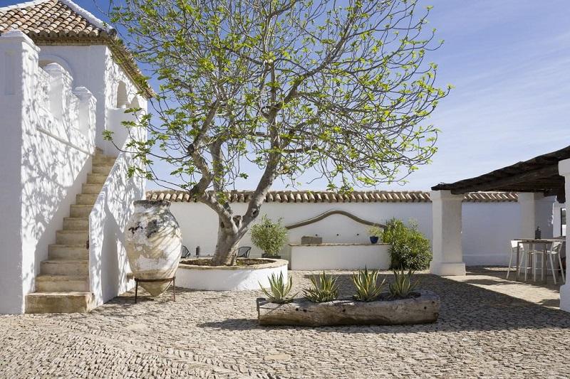 Traditional, bright and rustic style cortijo © Booking.com / Cortijo El Guarda