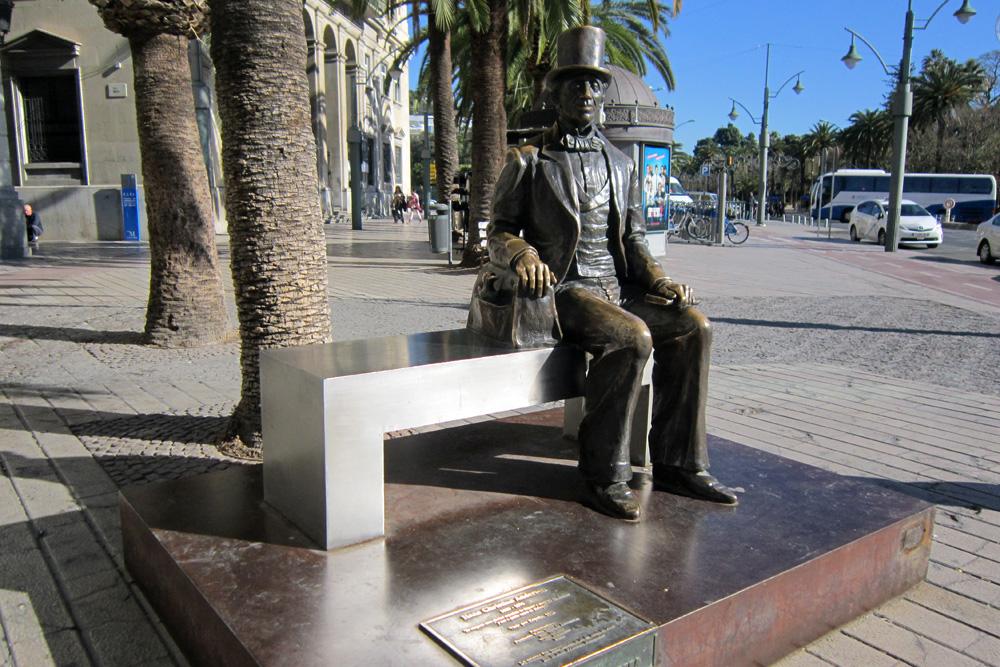 Statue of Hans Cristian Andersen, Plaza de la Marina, Malaga ©Andrew Edwards