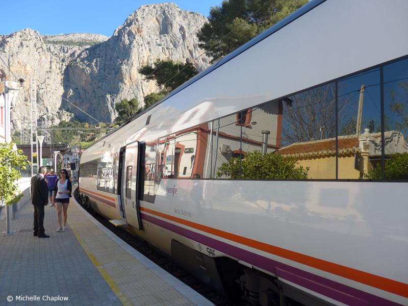 Arriving at El Chorro Railway Station  © Michelle Chaplow