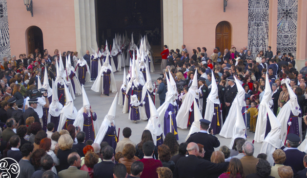The Nazarenes during the Semana santa processions © Michelle Chaplow