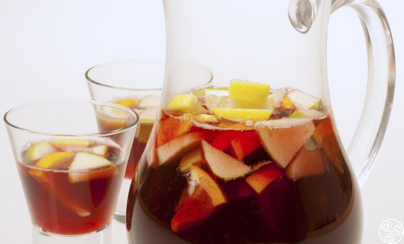Refreshing Spanish Sangria © Michelle Chaplow