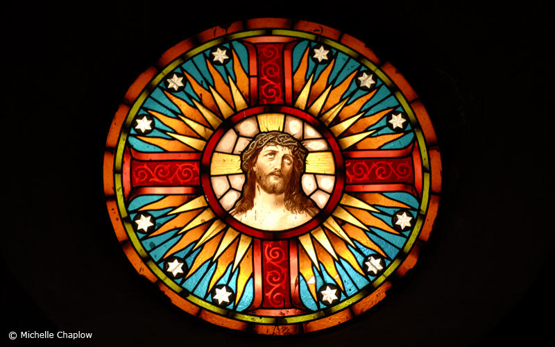 Ermita de Nuestra Señora de los Remedios, stained glass window© Michelle Chaplow