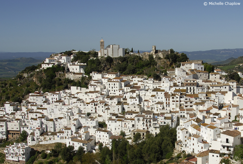 Casares is in a dramatic position on the edge of a cliff © Michelle Chaplow