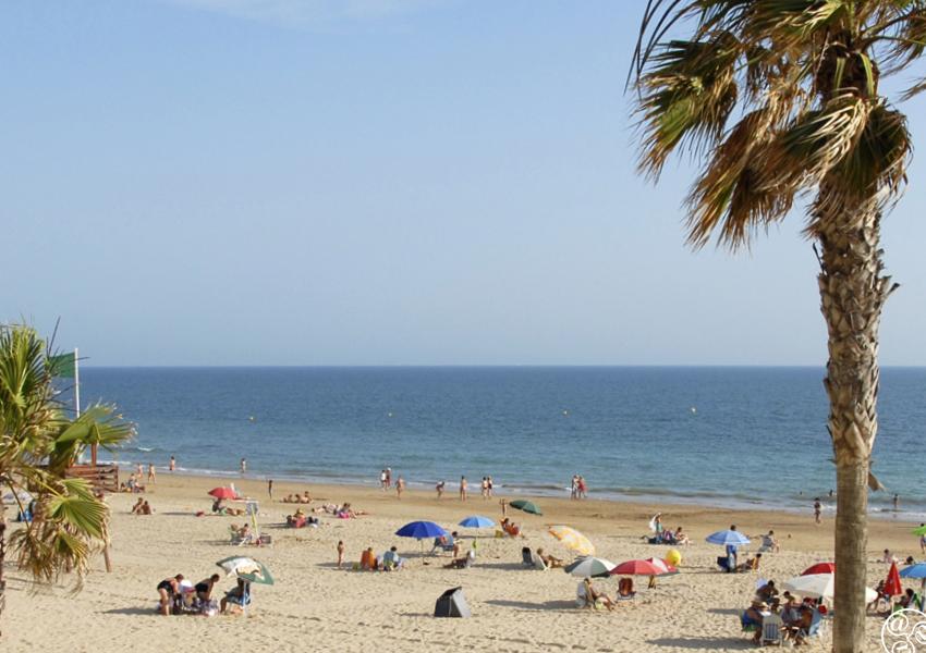 The beach at Rota © Michelle Chaplow