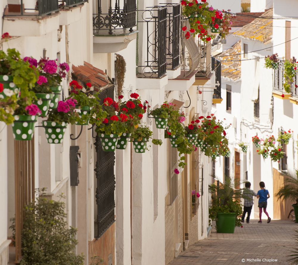 Stroll around the flower laden, villages of Andalucia  © Michelle Chaplow