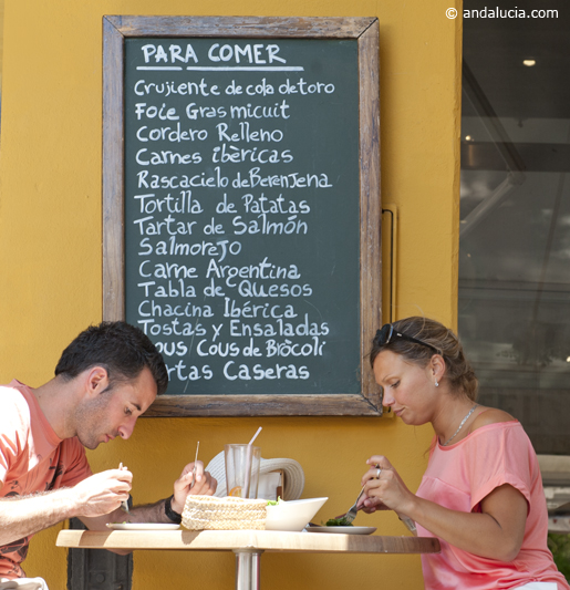 Sunshine and tapas, a way of life in Seville © Michelle Chaplow