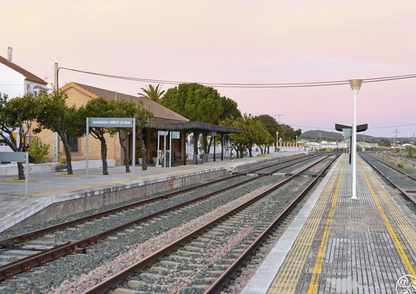 The train station at Almargen © Michelle Chaplow