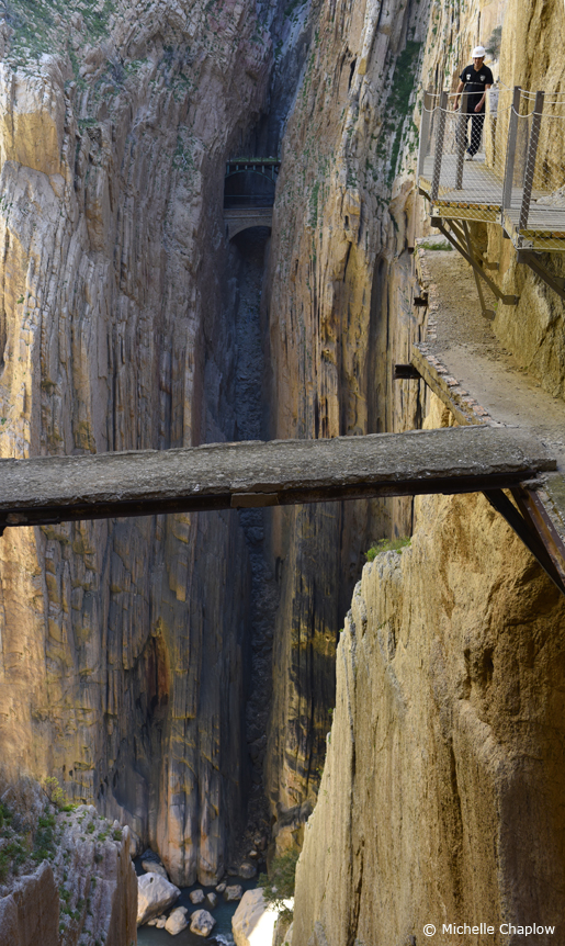 The Scariest Path in The World Camino Del Rey © Michelle Chaplow