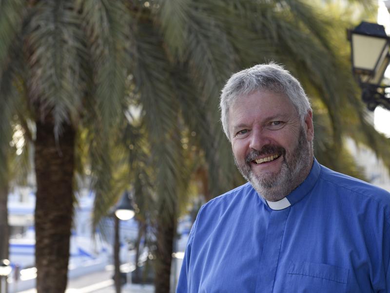 Reverend Adrian Low  © Andalucia.com