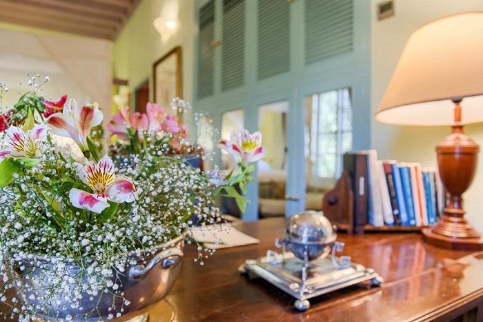Beautiful interiors and displays © Booking.com / Casa Palacio de Carmona