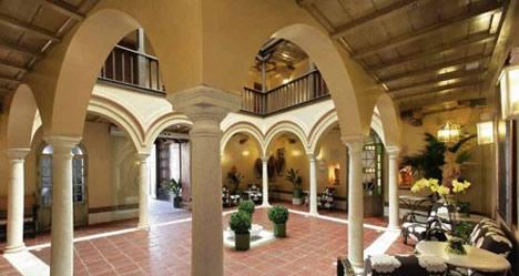Hotel Sacrista Santa Ana