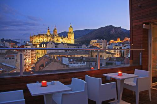 Hotel Xauen in Jaen offers fantastic views of the cathedral. © booking.com