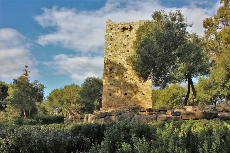 Rocadillo watchtower © Kevin George Monterrubio