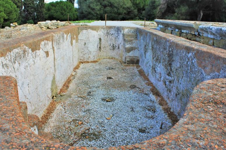 Baptism pool © Kevin George Monterrubio