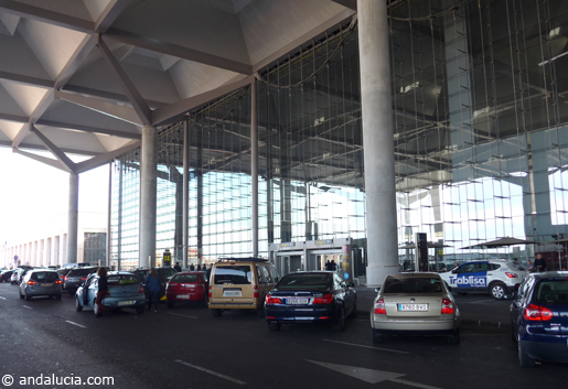 Drop off point at Malaga Airport. © andalucia.com