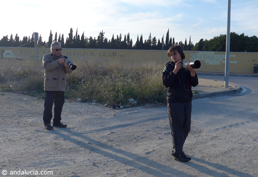 Plane spotters at Malaga Airport. © andalucia.com