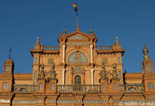 Lovely evening light in Plaza de Espana. © Sophie Carefull
