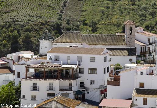 The village of Almachar on the Ruta de la Pasa (Raisin Route) in Malaga province. © Sophie Carefull