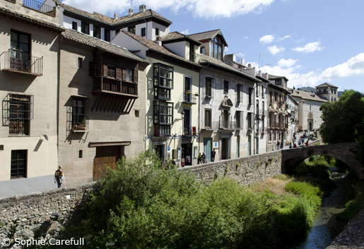 Take one of the most picturesque and romantic walks in Spain, along the Carrera del Darro.© Sophie Carefull
