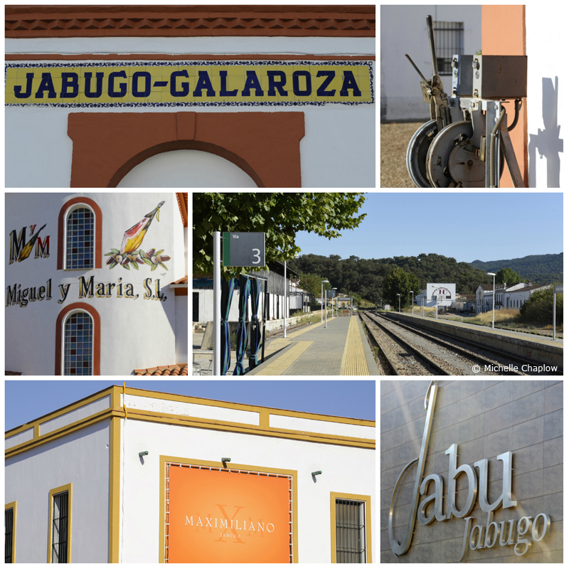 El Repilado has grown up around the railway station ( Click to enlarge images) ©Michelle Chaplow