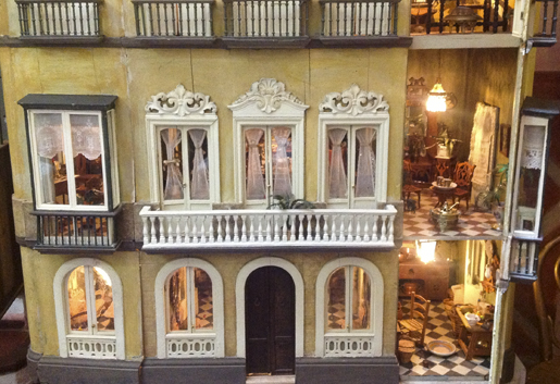 Hand made dolls' house at the museum in Malaga. © andalucia.com