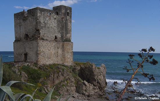 Torre de la Sal, Casares Beach ©Michelle Chaplow