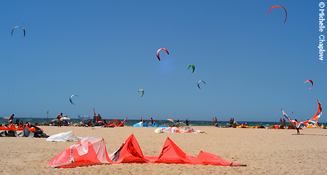 © Michelle Chaplow Kite surf venue Bolonia