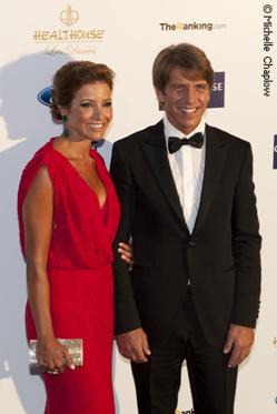 Manuel Diaz, 'El Cordobes' with wife Virginia Troconis. © Michelle Chaplow