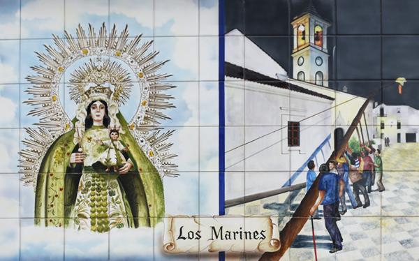 Painted tiles - Los Marines ©Michelle Chaplow