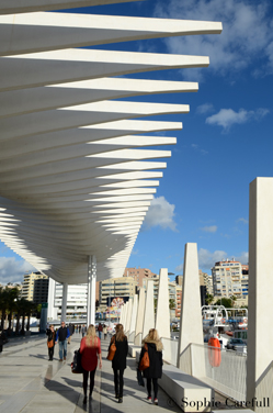 Malaga's contemporary port is perfect for weekend walks in the sun. © Sophie Carefull