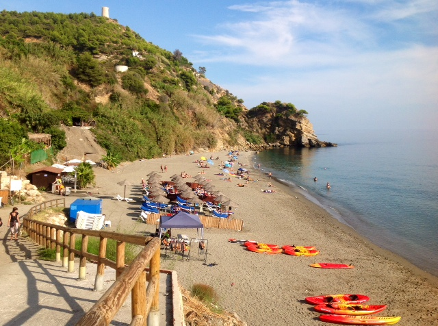 This Blue Flag beach is widely considered one of the best beaches in Andalucia. © andalucia.com