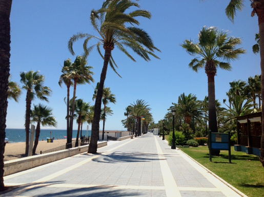Playa San Pedro de Alcantara and long seafront promenade.