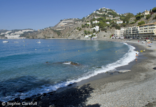 Playa de Cotobro is a sheltered bay with clear waters. © Sophie Carefull