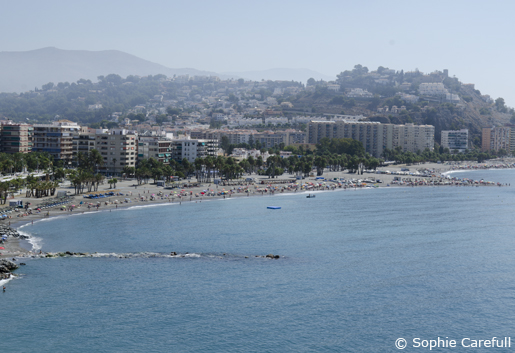 Playa Puerta del Mar is backed by the old town of Almunecar. © Sophie Carefull