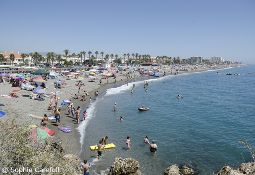 Playa de la Guardia, to the east of the peñon in Salobreña. © Sophie Carefull