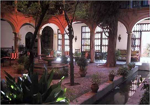 The cloister of the Parador, in its current state. © Lawrence Bohme