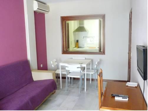 Apartamentos Turisticos Imar