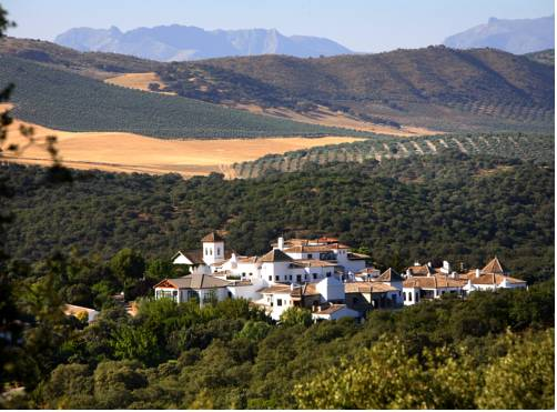 La Bobadilla Hotel has stunning surroundings