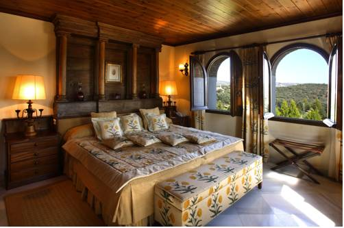 One of the luxury bedrooms in La Bobadilla Hotel