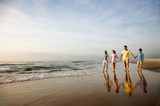 Will your family choose a beachfront villa or a town centre flat? © istock
