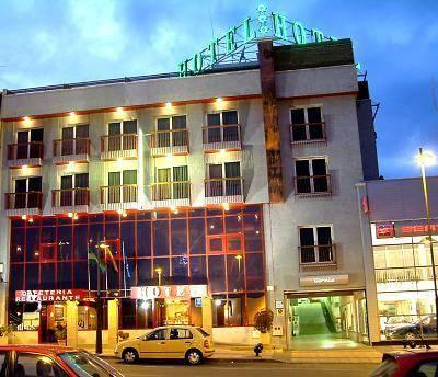 Hotel Mari Carmen