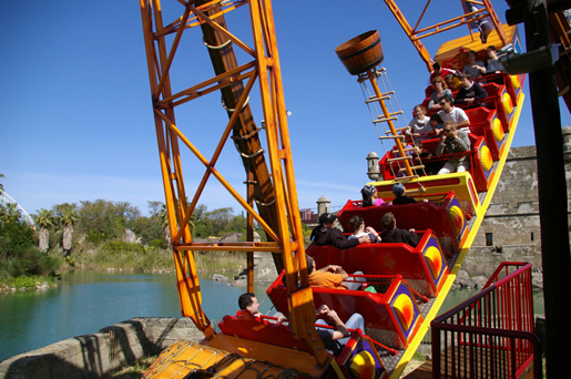 Isla Magica has a great choice of rides. © Isla Magica