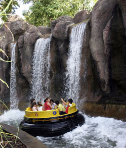 Exciting water rides at Isla Magica, Seville. © Isla Magica
