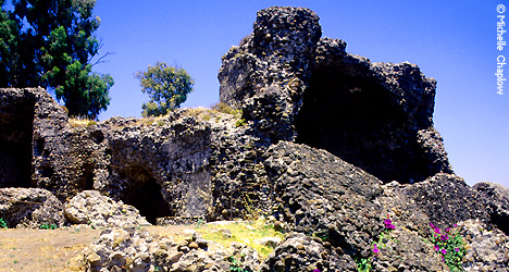 © Michelle Chaplow Remains of the Roman Baths in Guadalmina.