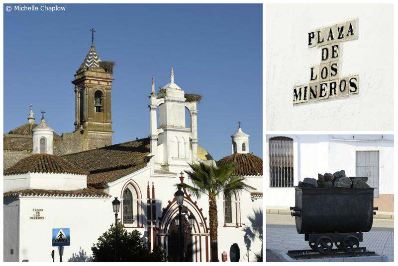 Plaza de los Mineros, Cala, Sierra de Aracena © Michelle Chaplow