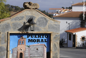 Welcome to Puerto Moral © Michelle Chaplow