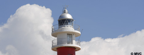 The emblematic lighthouse of El Rompido.